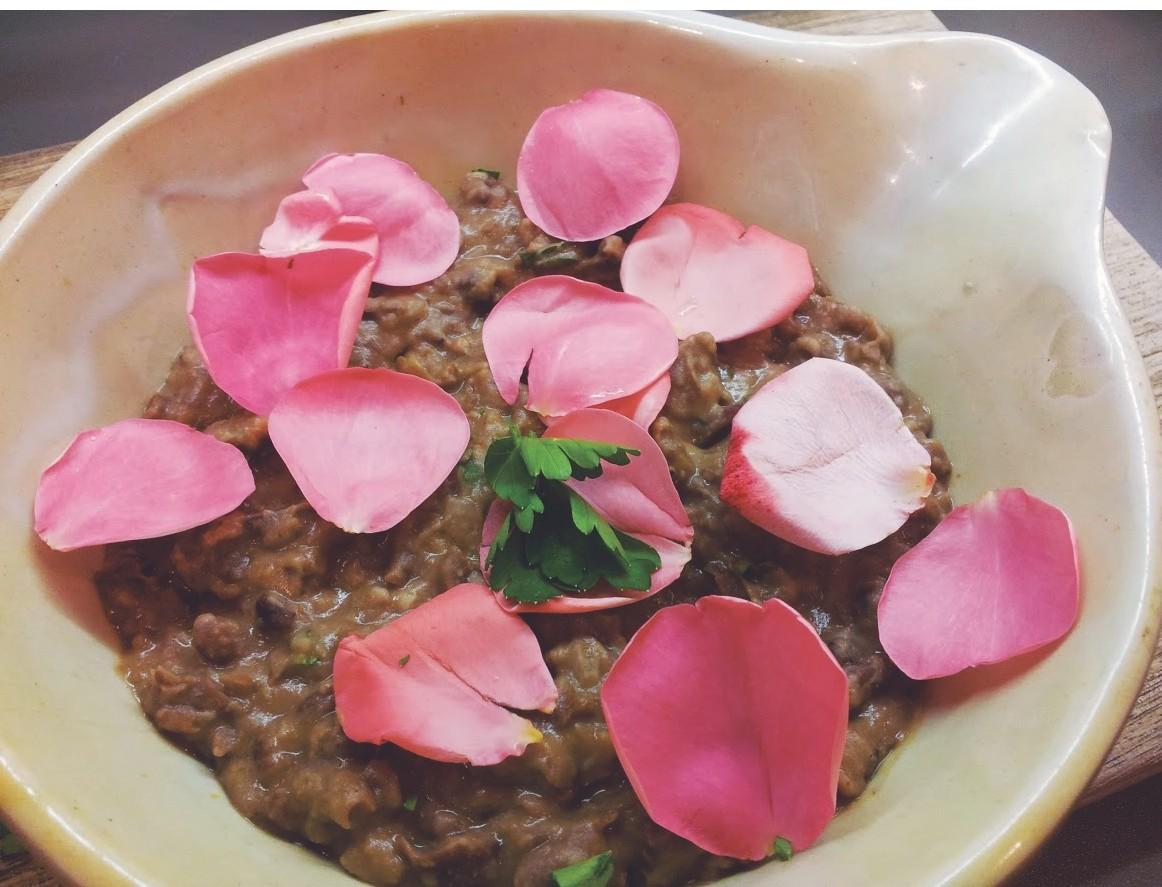 Recipe-whole-fava-bean-pottage-9291056