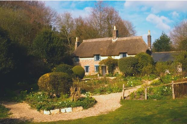 Thomas-Hardys-Cottage-Dorset-043eb83