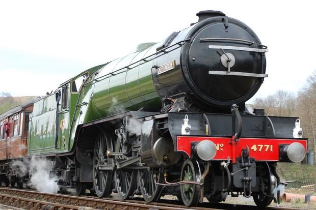 Train-51ab00b