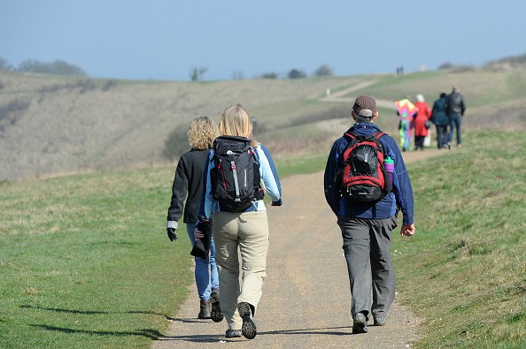 DUNSTABLE, UNITED KINGDOM - APRIL 06: Walkers head out onto the downs on a sunny day on April 06, 2015 in Dunstable, England.   PHOTOGRAPH BY Tony Margiocchi / Barcroft Media (Photo credit should read Tony Margiocchi / Barcroft Media via Getty Images)