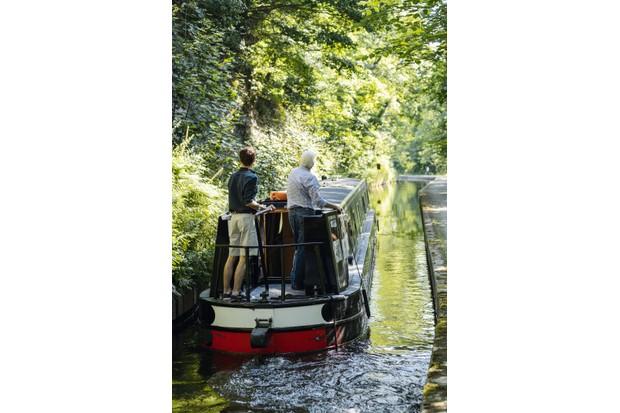 back-of-boat-cc62cd5