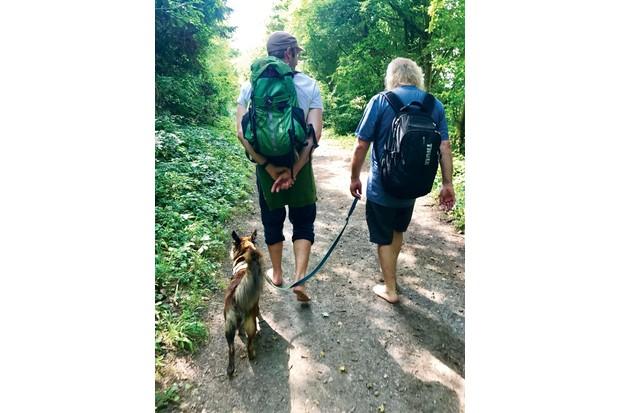barefoot-walking-9e3731c