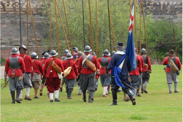 Parliamentarians drill outside Newark Castle walls