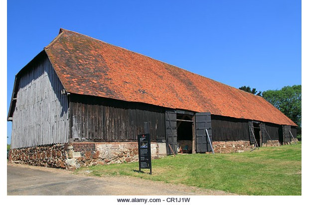 CR1J1W England London Harmondsworth great barn