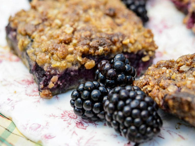 Apple and blackberry crumble squares