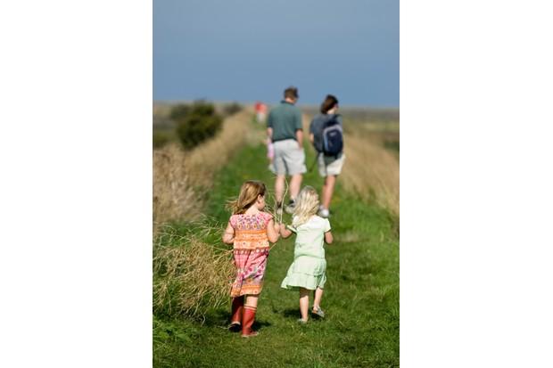gettyfamilywalk-9d48818