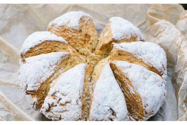 soda-bread-roll-25c7832