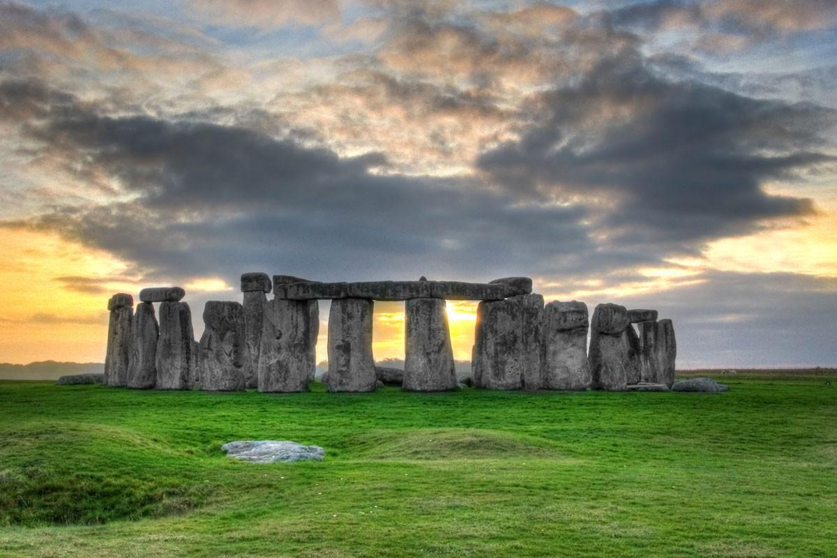 stonehengenew-f9c2750