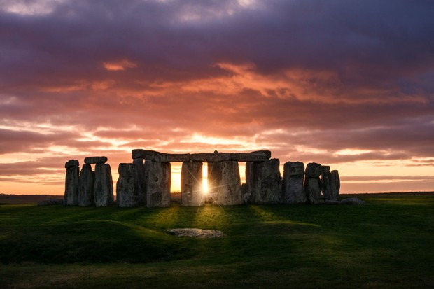 Winter solstice 2019 : when is it and where are the best sunset ...