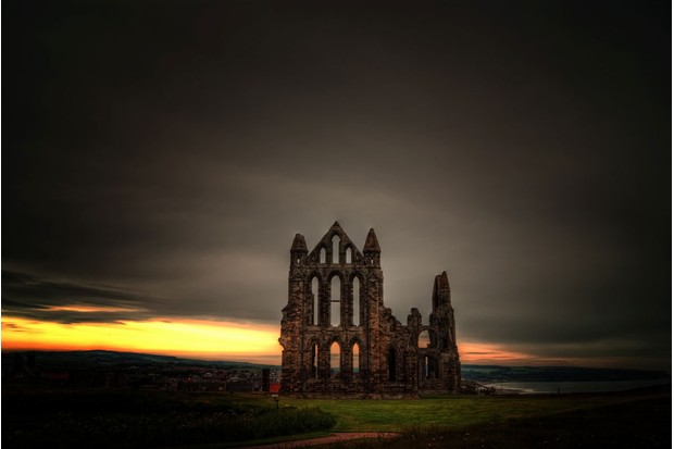 whitbyabbyGettyImages-125347040-4ddc805 Whitby Abbey