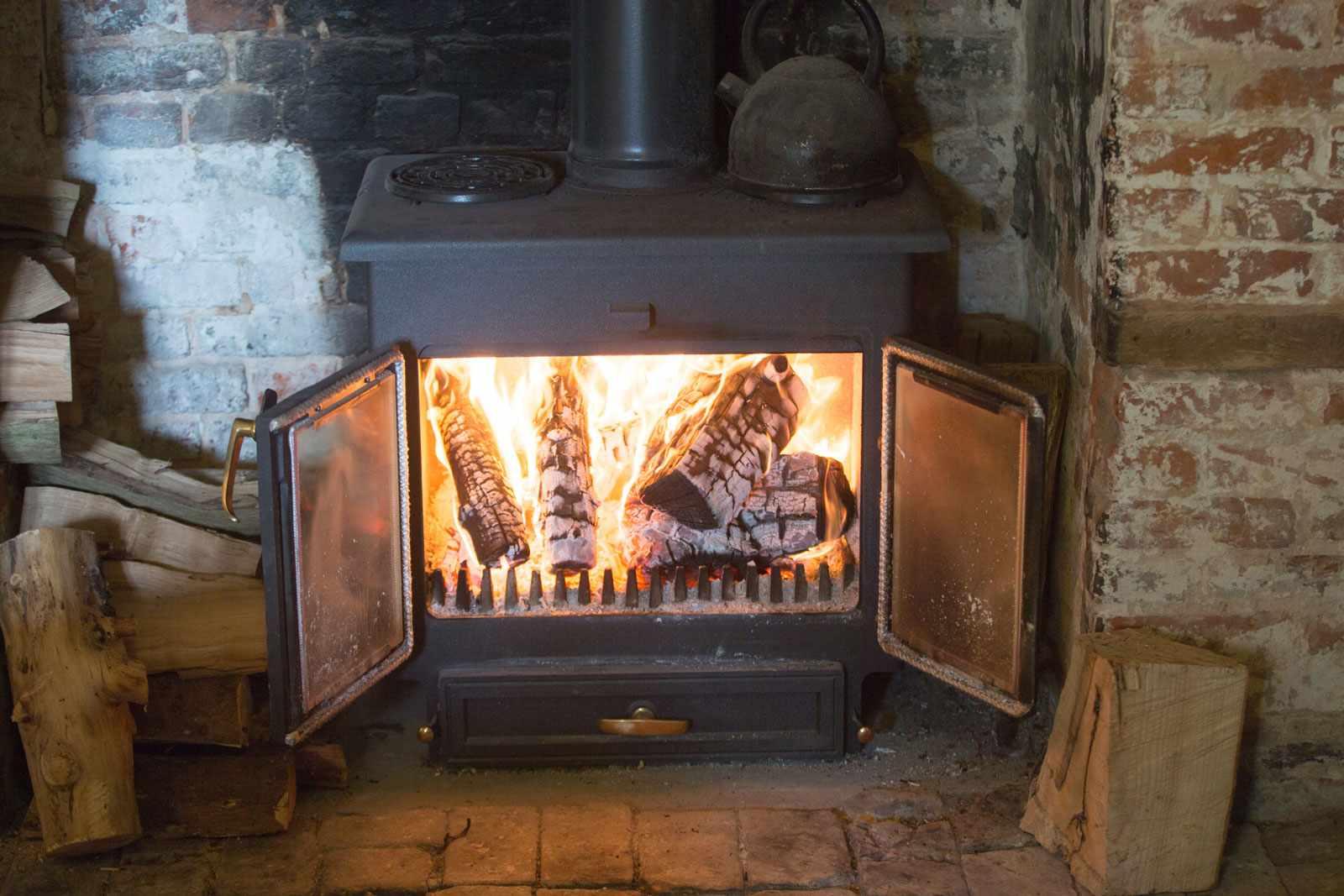 woodburner1-c2102c3