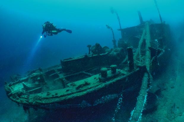 Shipwreck, Scapa Flow, Orkney
