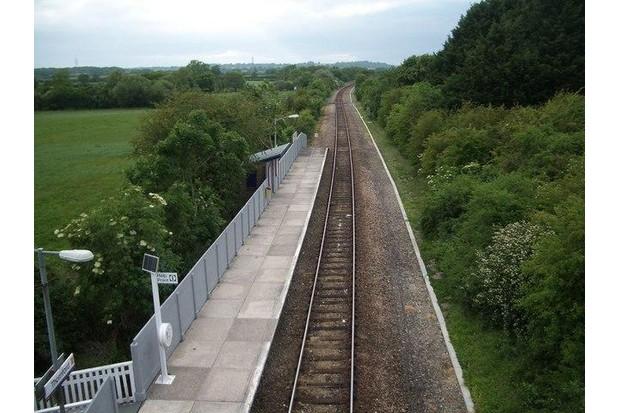 Thornford railway station