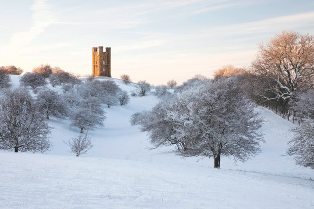 Broadway Tower, Cotswolds ©Alamy