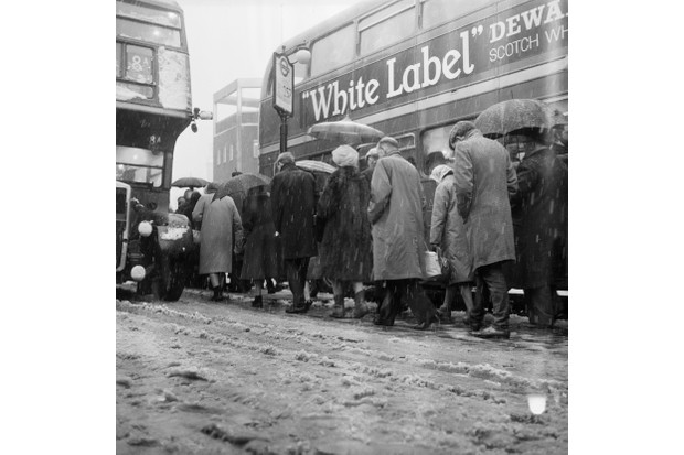Snowy weather during winter 1962 in London