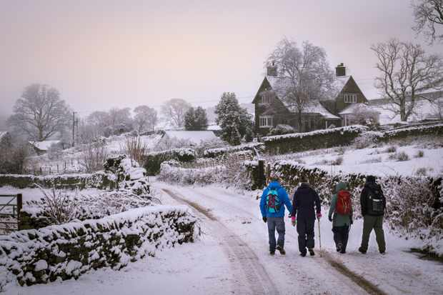 Hikers on a country lane near Bowness-on-Windermere in the Lake District National Park, Cumbria ©Jake Graham