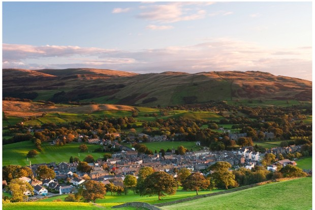 Sedbergh sits beneath the Howgill Fells in the Yorkshire Dales ©Getty