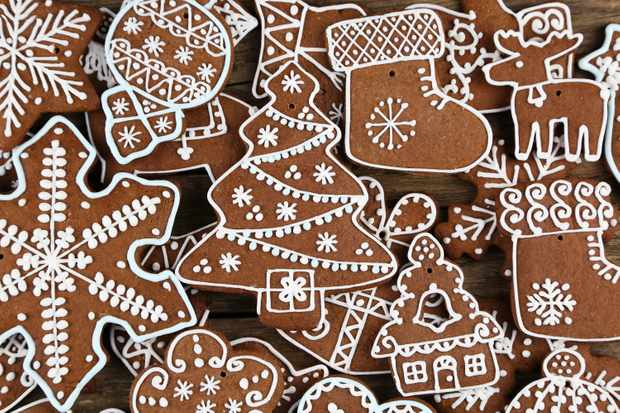 Spiced Christmas Tree biscuits (Photo by: Maciej Nicgorski / EyeEm via Getty Images)