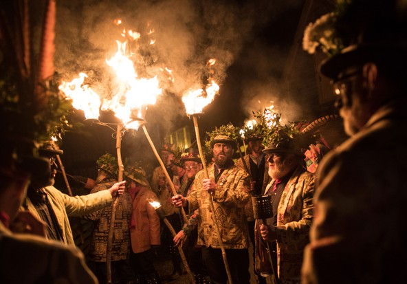 Wassailing British Christmas Traditions