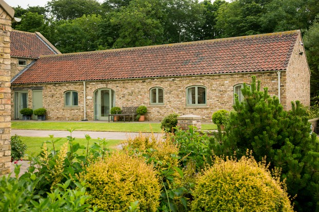 High Barn Holiday Cottages. The Spinney