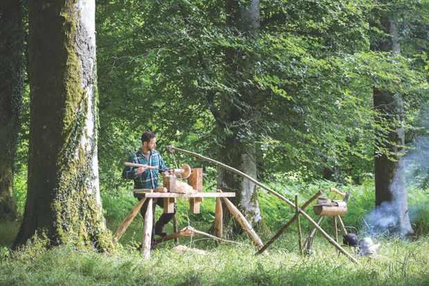 Woodturner Sharif Adams, Dartmoor Artisan Trail