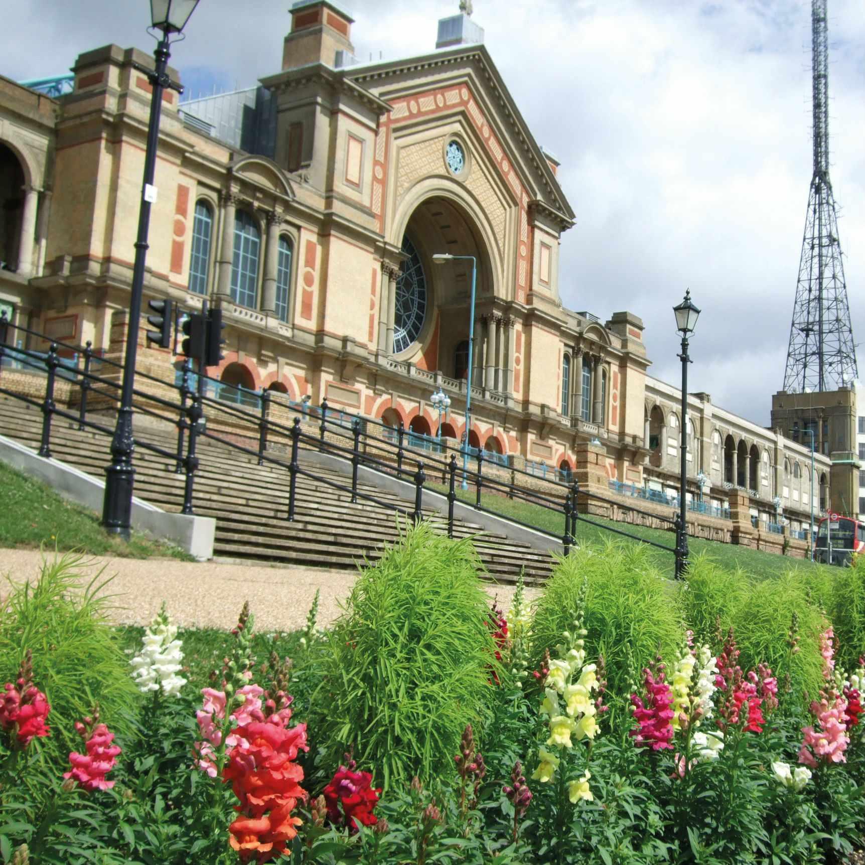 HR Alexandra Palace & plants 09