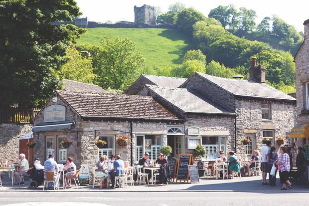 Three Roofs Cafe, Cafe Castleton, Peak District Derbyshire