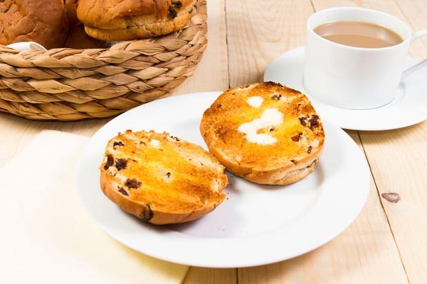 How To Make Teacakes Countryfile Com