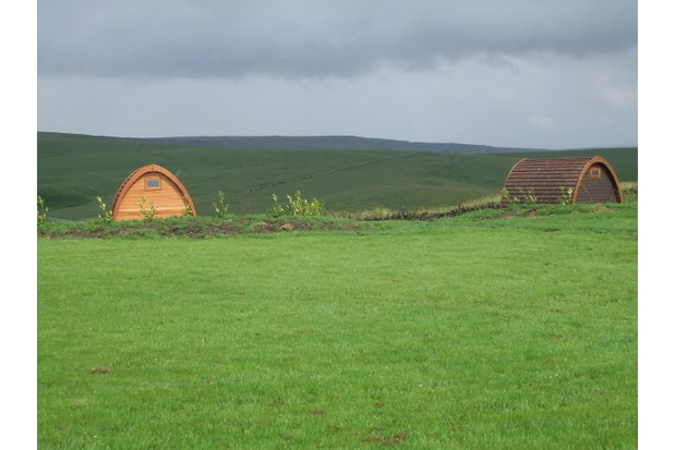 our-pods-sit-perfectly-into-the-landscape_moorlands-caravan-park