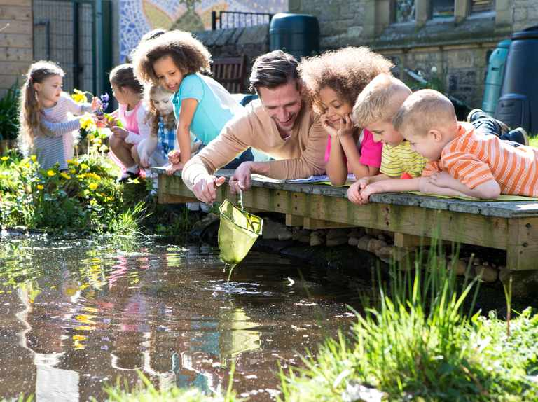 How to make a pond-dipping net