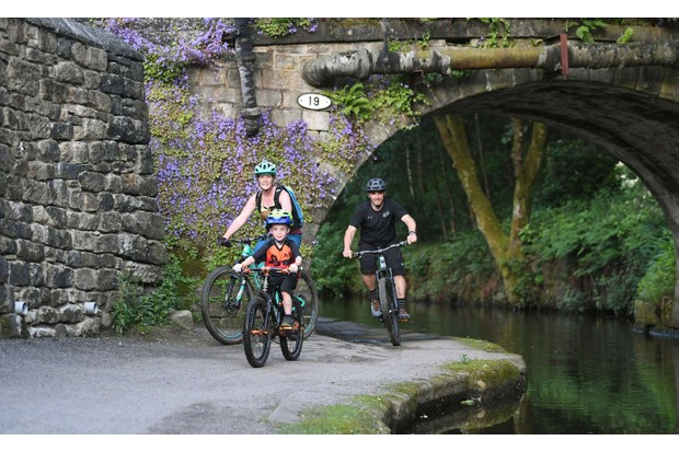Families can enjoy off-road cycling safely away from traffic on much of the Great North Trail route, including easy-terrain canal paths.