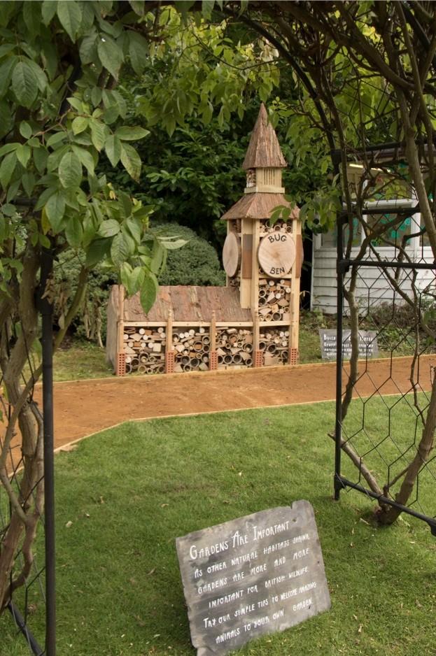WIldlife-Garden-Bug-Hotel-c-ZSL-London-Zoo_623-a1ccc92