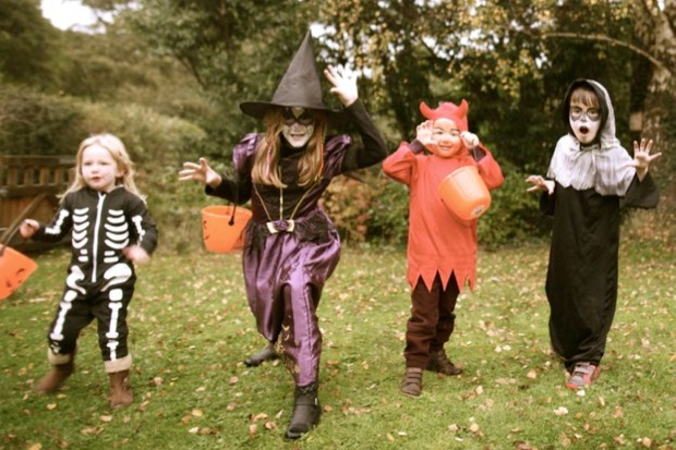 9 ways to get the kids outside this Halloween