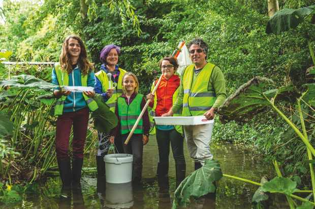 Along with their local community, the Fitchetts are recording and helping wildlife beside the Eye Brook. © Richard Faulks