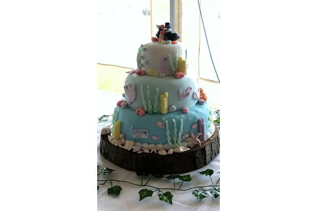 Marine wedding cake by Swimming Head Productions