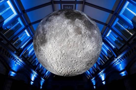 Museum of the Moon on display at the Natural History Museum. © Trustees of the Natural History Museum/Dare & Hier Media