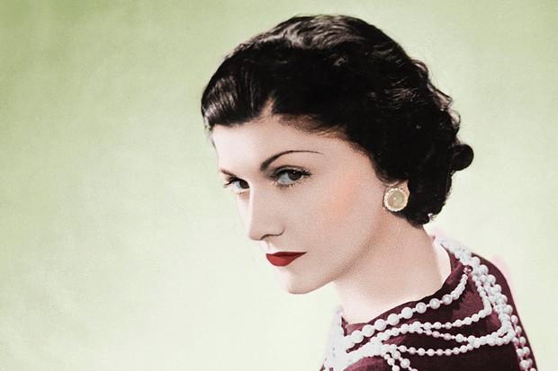 FRANCE - CIRCA 1936: Coco Chanel, French couturier. Paris, 1936. Colourized photo. (Photo by Roger Viollet via Getty Images/Roger Viollet via Getty Images)