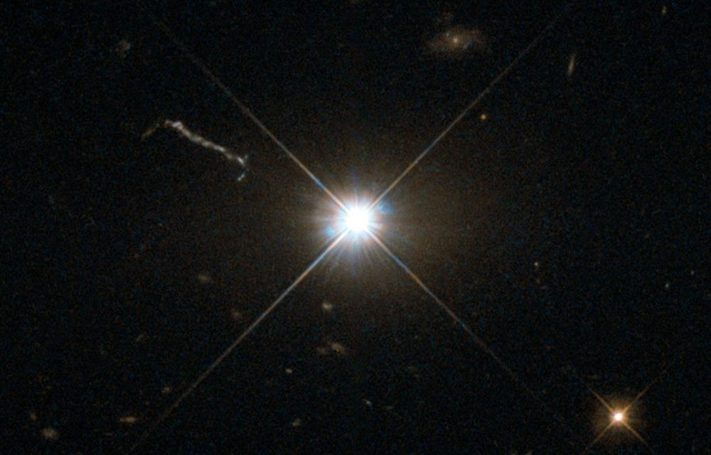 An image of quasar 3C 273, as seen by the Hubble Space Telescope. Credit: ESA/Hubble & NASA