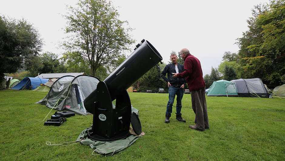 AstroCamp is a great place to exchange opinions and even swap eyepieces. Credit: Jamie Carter