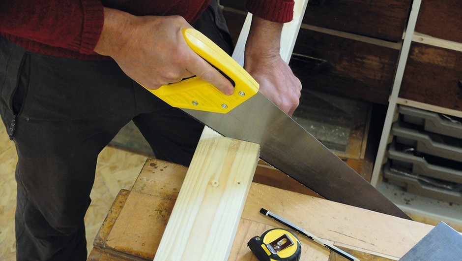 Build-wooden-tripod-01