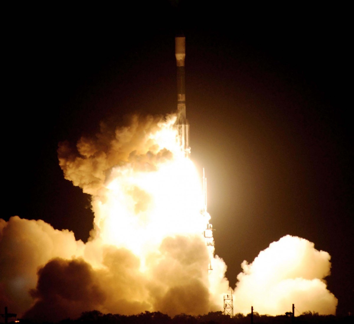The Delta II rocket carrying Kepler launches from Cape Canaveral Air Force Station in Florida, 7 March 2009. Credit: NASA