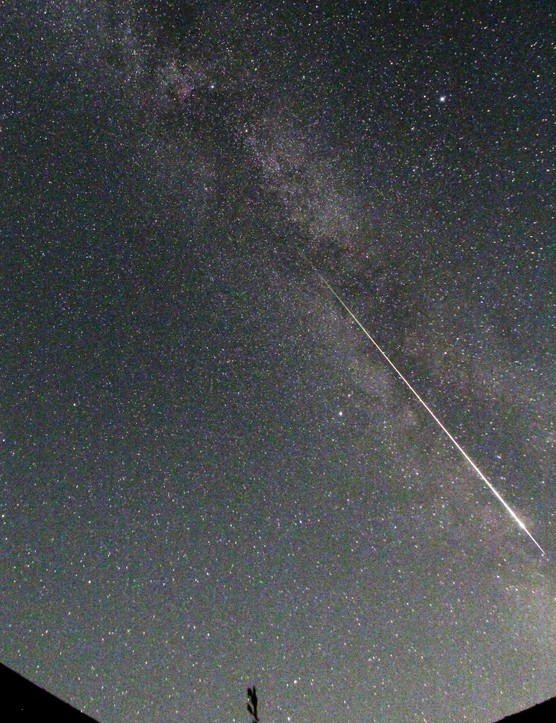 Perseid meteor and Summer Triangle John Elder, 18 August 2016. Equipment: Canon EOS 60Da DSLR camera