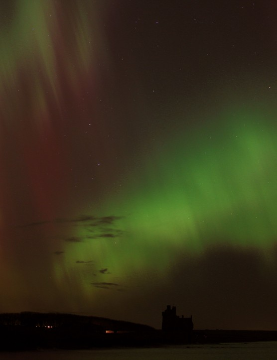 Aurora in Aires Neil Levesley, Caithness, UK. Equipment: Canon EOS 60Da DSLR camera.
