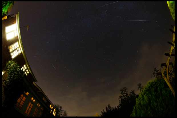 59-perseids-trails-web-9c6db17