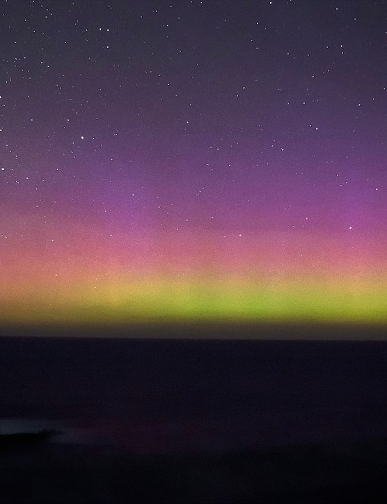 Aurora Australis Paul Albers, Flinders, Victoria, Australia. Equipment: Pentax K-x camera, 18mm lens, tripod.