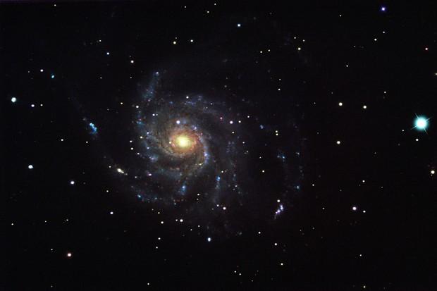 M101-Pinwheel-Galaxy-7h-51m-30s-RGBAlign-Sig2.00x2SciColourFinalSharpDeNoiseDiffSpikesLife3-99bf925