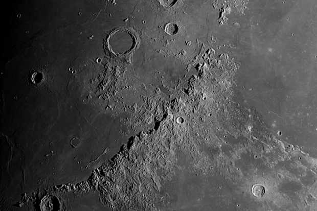 Moon-190039-17-03-2016-Apennine-Mountain-Range-02f18e2