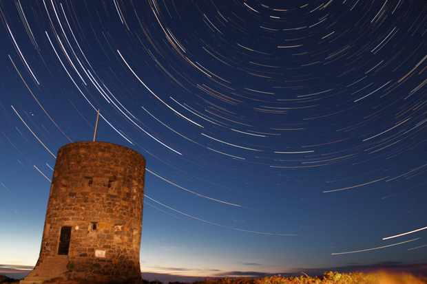 Peter-Brown-Startrails-over-18th-Century-Loop-Tower-Guernsey-e32a474