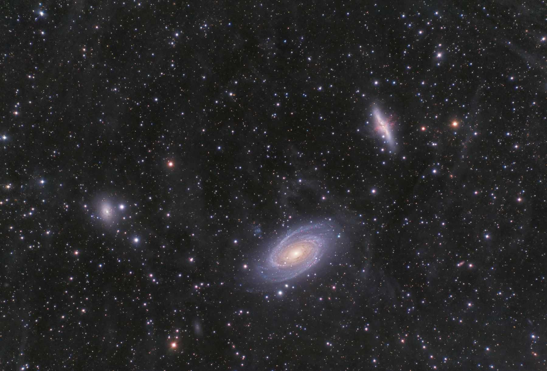 Pictures of Bode's Galaxy and the Cigar Galaxy