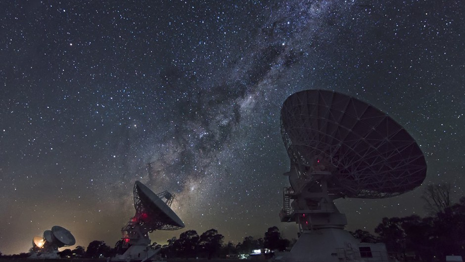 07 - Ivan Slade - Galactic beam